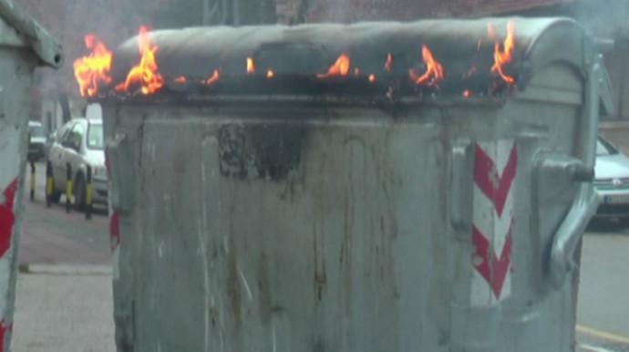 Komunalno Stolac apelira na sve građane da žar i pepeo ne ubacuju u kontejnere