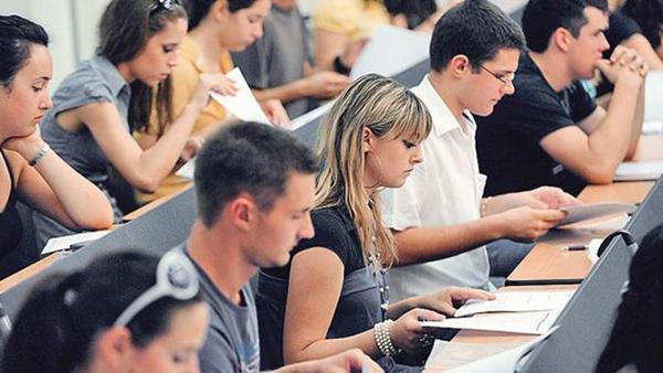 U pet godina čak 10.000 studenata manje u FBiH