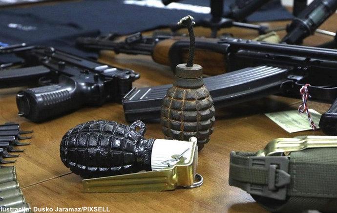 Na granici u Slavonskom Brodu uhvaćen švercer oružjem iz BiH