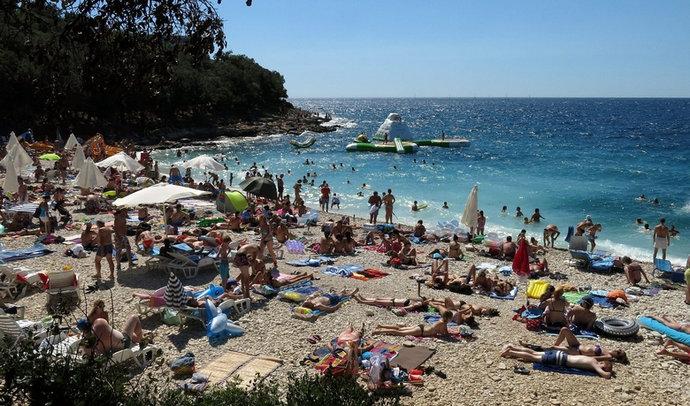 Kolovoz u Hrvatskoj nadmašio očekivanja, ostvareno više od 7 milijuna noćenja