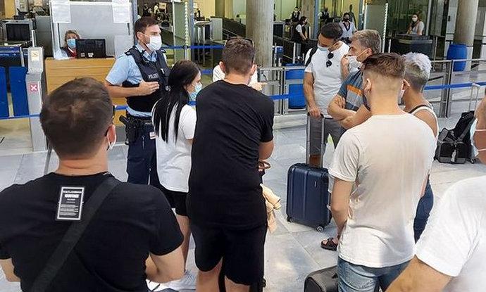 Eurowings 50 bh. građana nije pustio u zrakoplov za Sarajevo, tražili test na koronu