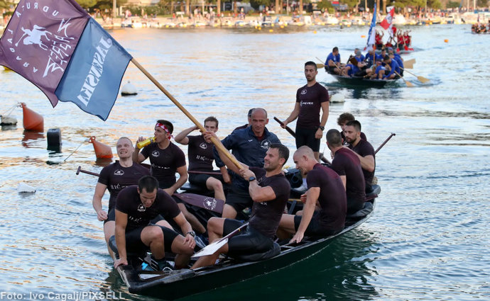 Pobjedu 23. Maratona lađa na Neretvi ove godine dijele dvije ekipe