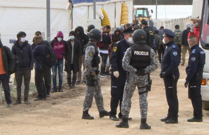 Novi problemi u kampu Lipa, sukob više migranta, jedan završio u bolnici