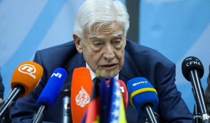 Schwarz-Schilling: Bosnom i Hercegovinom je nemoguće upravljati, prijeti joj raspad