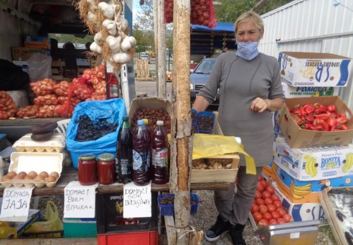 Novka Ratković iz Nevesinja: Sve se više traže proizvodi od divljeg voća; kilogram drenjina 3 KM
