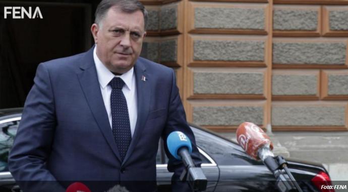 """Dodik Inzku: """"Hajde majstore promjeni mene..."""""""