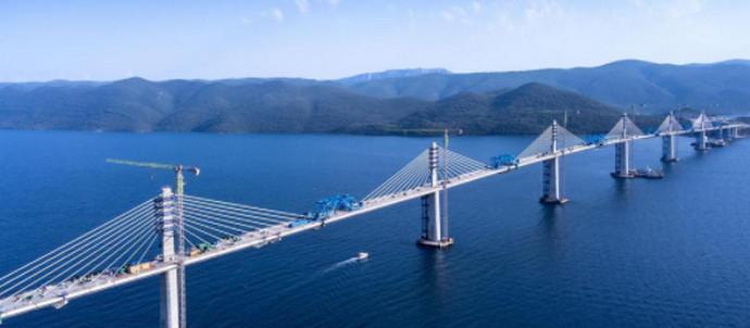 Pelješki most spojen već u ožujku, sjever i jug dijeli samo 18 metara