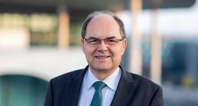 Novi visoki predstavnik Schmidt nametnut će Izborni zakon?