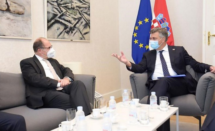 Sastanak Plenkovića i Schmidta: Osigurati jednaka prava za sva tri konstitutivna naroda