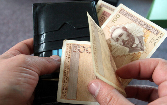 Poslodavci: Rast plaća moguć samo uz smanjenje poreza i doprinosa