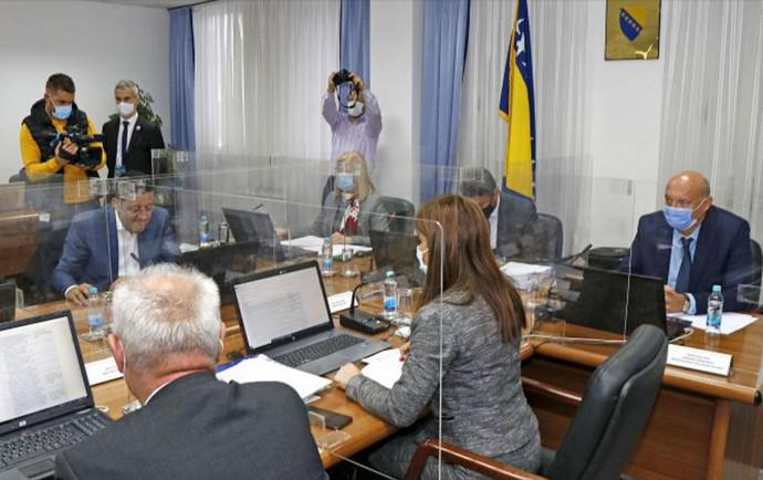 Vlada FBiH: Informacija o zamjeni fiskalnih sustava u FBiH