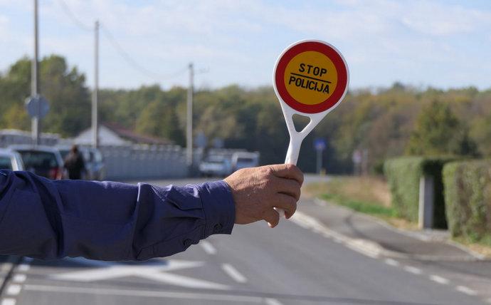 Vozač iz Sarajeva rekorder sa 207.553 KM duga za prometne prekršaje