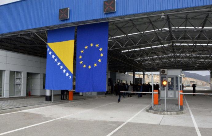 Zbog blažih mjera dijaspora i susjedi hrle u BiH
