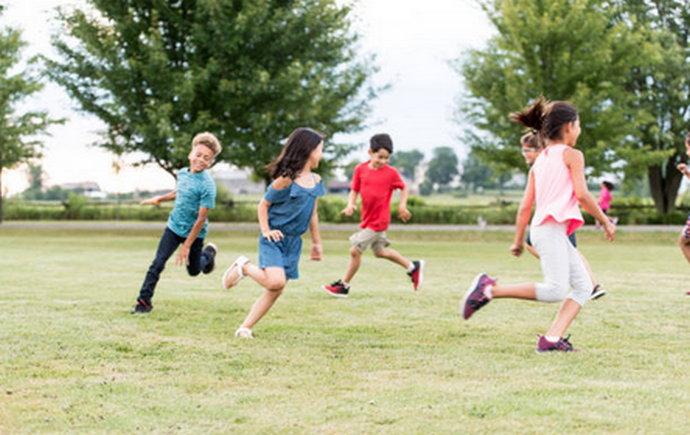 Igranje na otvorenom čuva vid: Evo koliko bi vremena djeca dnevno trebala biti vani