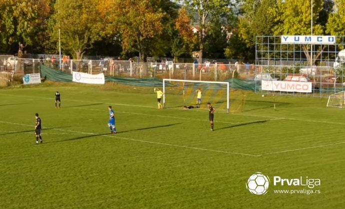 Video: Pogledajte nevjerojatan autogol golmana iz Srbije