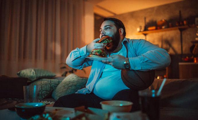Apatija ili apetit: Zašto više jedemo kada nam je dosadno?