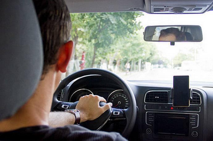 Ovih pet grešaka u vožnji uništava vaš automobil