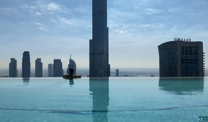 U Dubaiju otvoren bazen na 77. katu, pogledajte kako izgleda