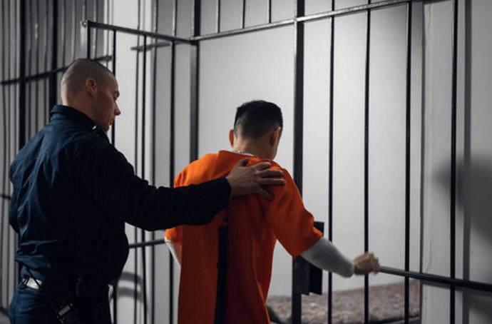 Nije mogao izdržati kućni pritvor sa suprugom pa tražio da ga smjeste u zatvor